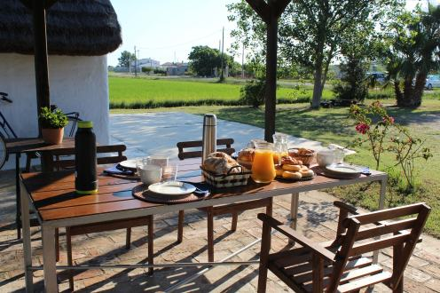 Esmorzar a la barraca